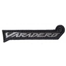 Přívěšek na klíče motiv Varadero textil šedá, 9cm