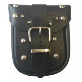 Kožená moto kapsa TechStar zdobená cvoky, černá